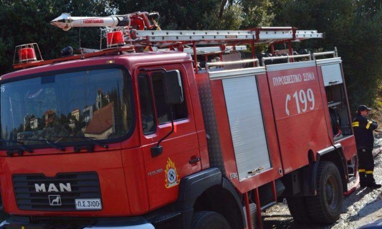 Περιφερειακή Υμηττού: Υπό έλεγχο η φωτιά (pic)