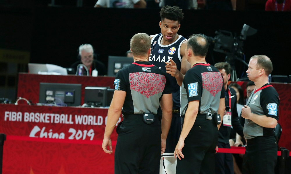 Επιστολή της ΕΟΚ στη FIBA για τη διαιτησία