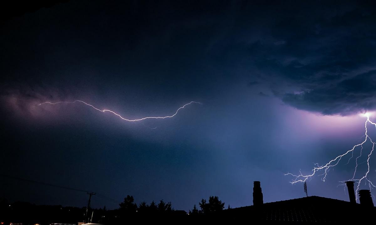 Έκτακτο δελτίο επιδείνωσης καιρού από την ΕΜΥ: Έρχονται καταιγίδες και χαλάζι