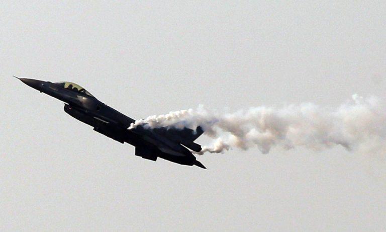 Θεσσαλονίκη: To μήνυμα περηφάνιας του πιλότου του F-16  στην παρέλαση (vid)