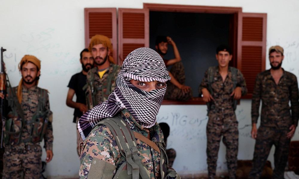 Κούρδοι σε Ερντογάν: «Σε περιμένουμε με το δάχτυλο στη σκανδάλη» (vids)