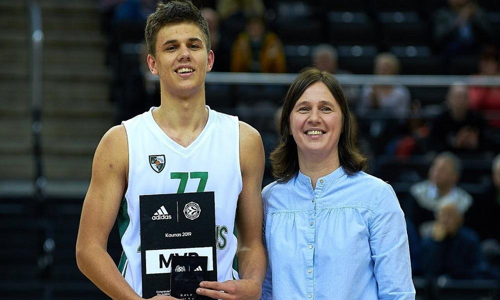 Ενας 18χρονος παίζει Euroleague αλλά όχι Basket League!