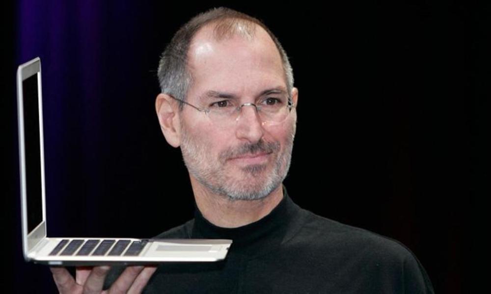 Σαν σήμερα 5/10: Πεθαίνει ο συνιδρυτής της Apple, Στιβ Τζομπς (vids)