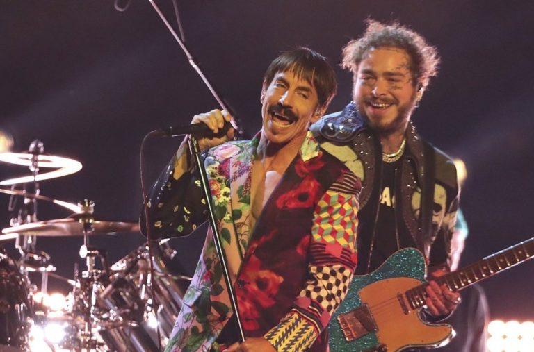 Οι Red Hot Chili Peppers επιστρέφουν στην Ελλάδα! (pic)