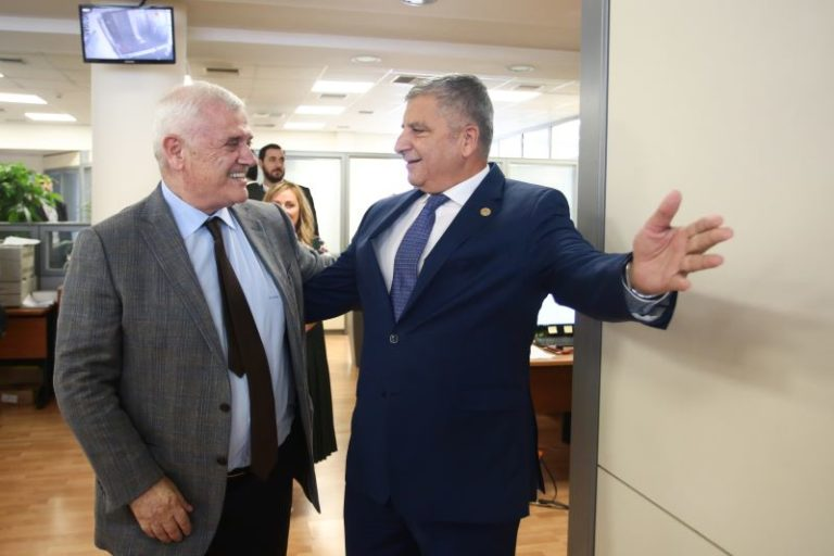 «Αγιά Σοφιά»: Ο Μελισσανίδης στην Περιφέρεια (vid)