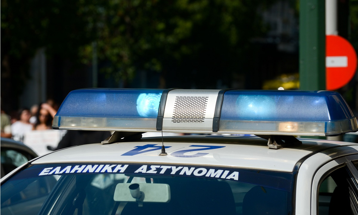 Αίγιο: Συνελήφθη 17χρονος που παραβίασε τα μέτρα και οδηγούσε μεθυσμένος