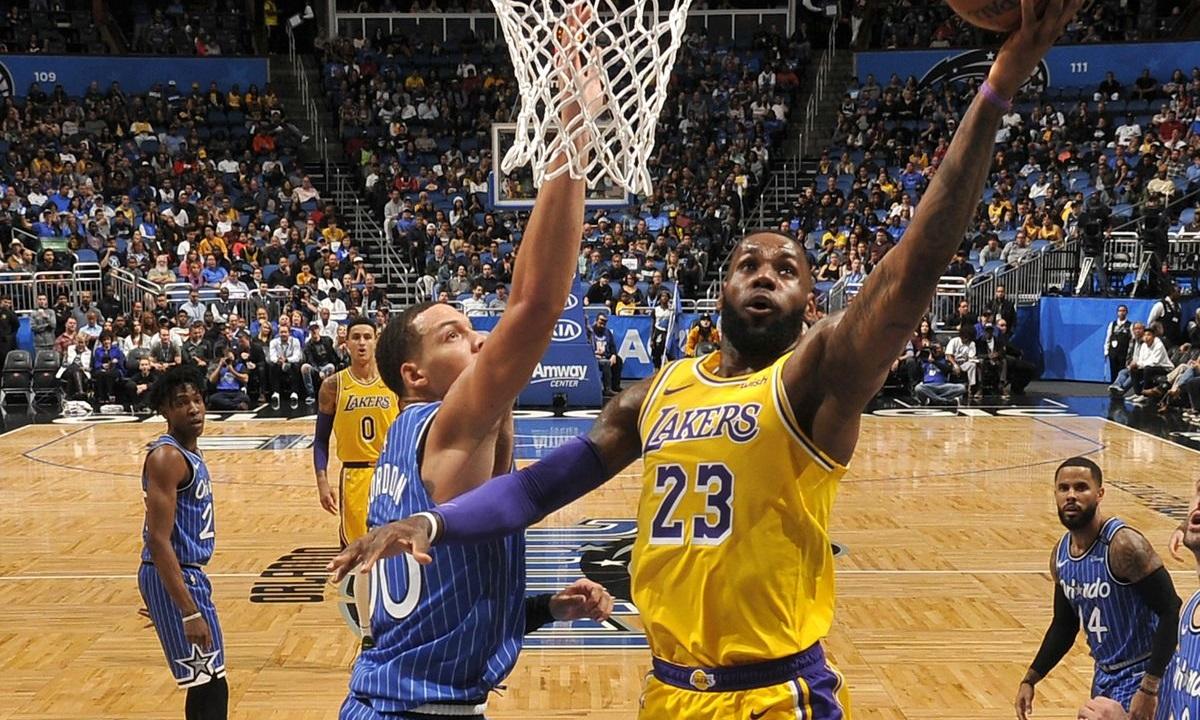 NBA: Σερί για Λέικερς με τριπλό ΛεΜπρόν, 55άρα ο Χάρντεν (vids) - Sportime.GR