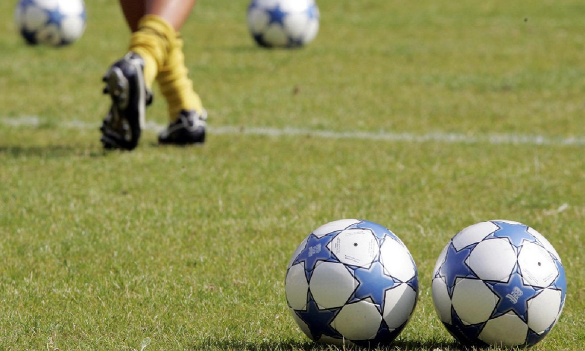 Football League – Παρασκήνια: «Θα του κρεμάσω το δελτίο»! - Sportime.GR