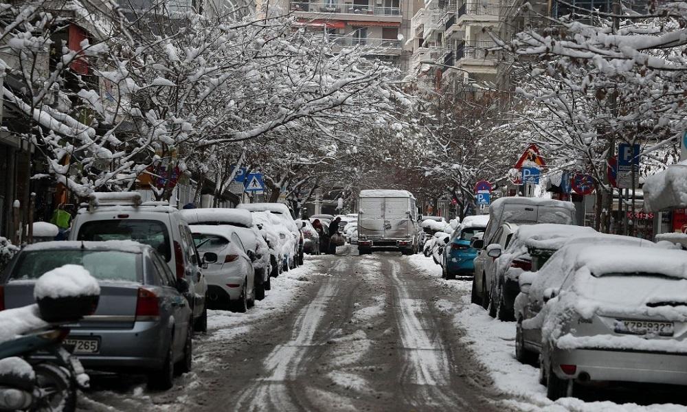 καιρός Κακοκαιρία: Χιόνια σε Αττική και Εύβοια – Γίνονται εντονότερα τα φαινόμενα