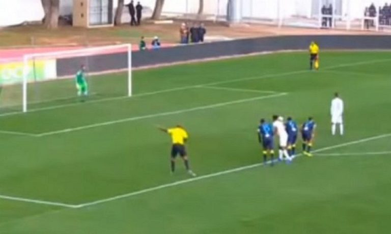 Διαιτητής στο Μαρόκο έδωσε 4 ανύπαρκτα πέναλτι και τον… τελείωσαν! (vid)