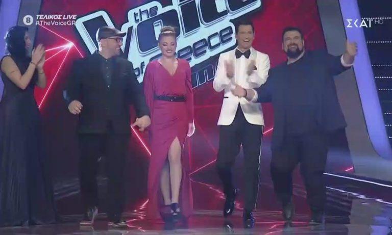 Έλενα Παπαρίζου: Απίστευτα σέξι στον τελικό του The Voice!