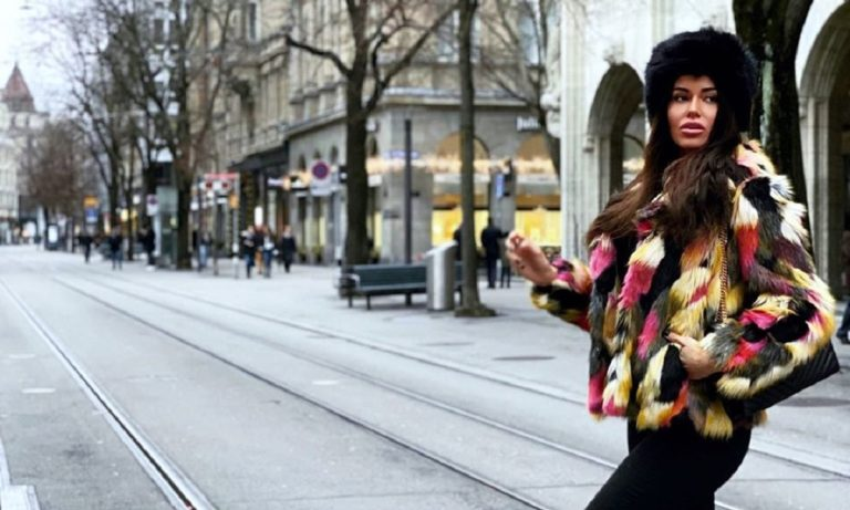 Ιωάννα Μπέλλα: Καυτή με ζαρτιέρες (pic)