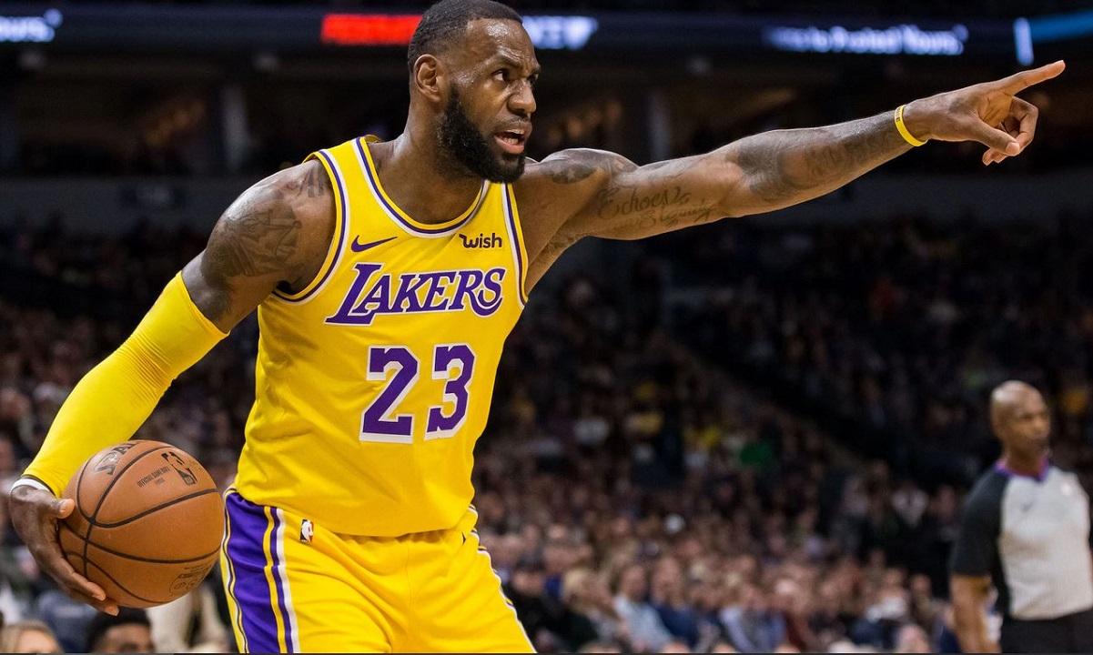 NBA: Ο ΛεΜπρόν «κατεδάφισε» τους Καβαλίερς (vids)