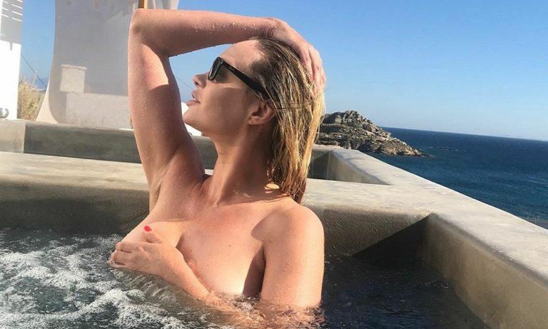 Άννα Φάλκι: Ολόγυμνη για χάρη της Λάτσιο (pics)