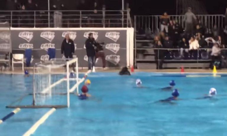 ΤΡΟΜΕΡΟ! Οπαδός στη Γλυφάδα πέταξε διαιτητή στην πισίνα (vid)
