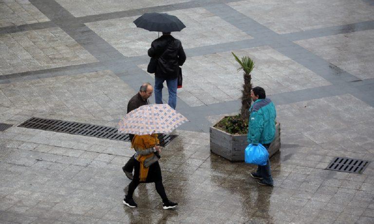 Καιρός 21/1: Κρύο και βροχές
