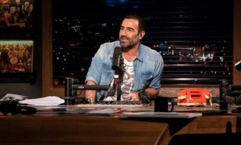 Αντώνης Κανάκης και «Ράδιο Αρβύλα» σε νέα τηλεοπτική στέγη