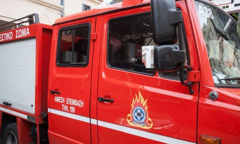 Φωτιά σε όχημα στη Λεωφόρο Συγγρού