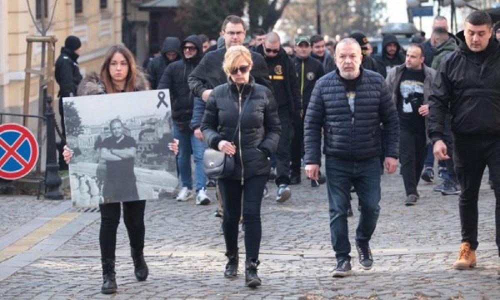 Διαμαρτυρία για τον Τόσκο στις ελληνικές Πρεσβείες σε Λονδίνο και Σόφια (vid+pics)