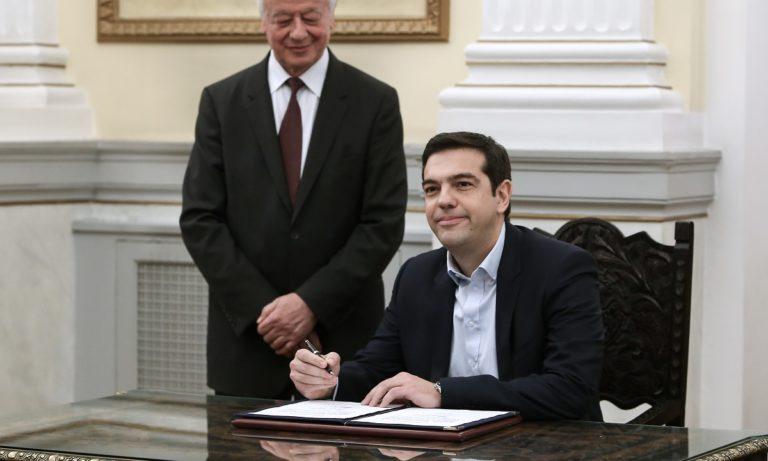 Ο Αλέξης Τσίπρας σχηματίζει κυβέρνηση συνεργασίας με τους ΑΝΕΛ