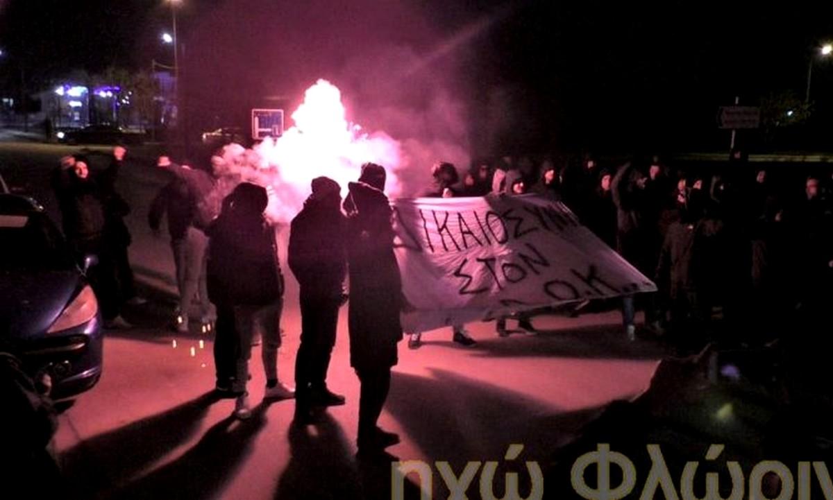 Οπαδοί του ΠΑΟΚ αποδοκίμασαν τον Άδωνι Γεωργιάδη στη Φλώρινα (vid)