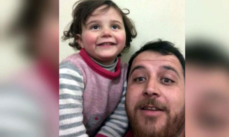 Σύριος πατέρας μαθαίνει στην κόρη του να γελάει κάθε φορά που πέφτουν βόμβες (vid)