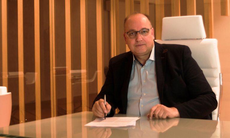 ΕΟΚ: Φαβορί ο Λιόλιος, φήμες για Παπανικολάου