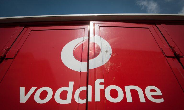 Vodafone: Αγανακτισμένος ο κόσμος στο Twitter (pics)