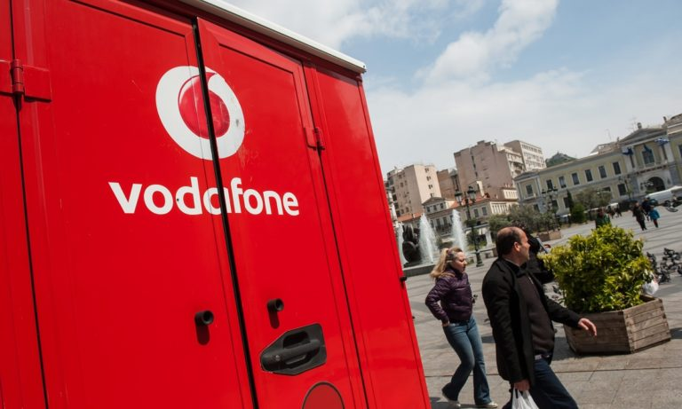 Vodafone: Διορθώνεται σταδιακά το πρόβλημα στις επικοινωνίες