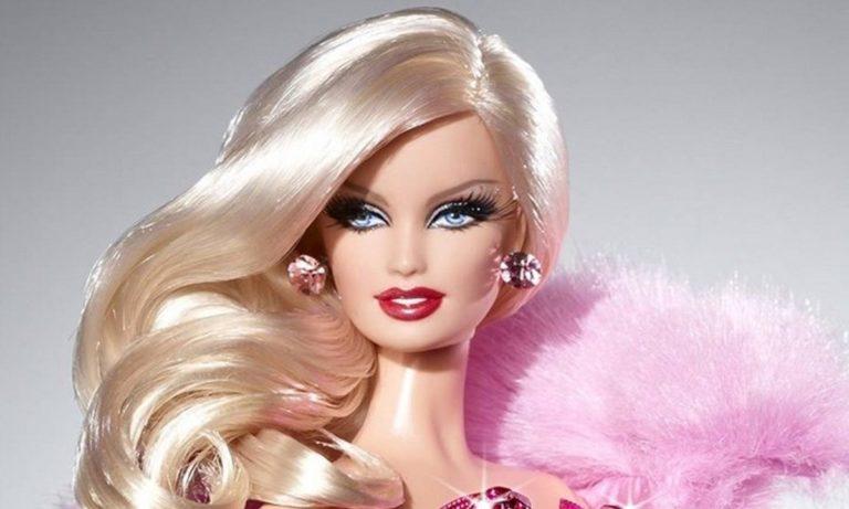 Barbie: Πρωτοεμφανίζεται και «σαρώνει» στις πωλήσεις