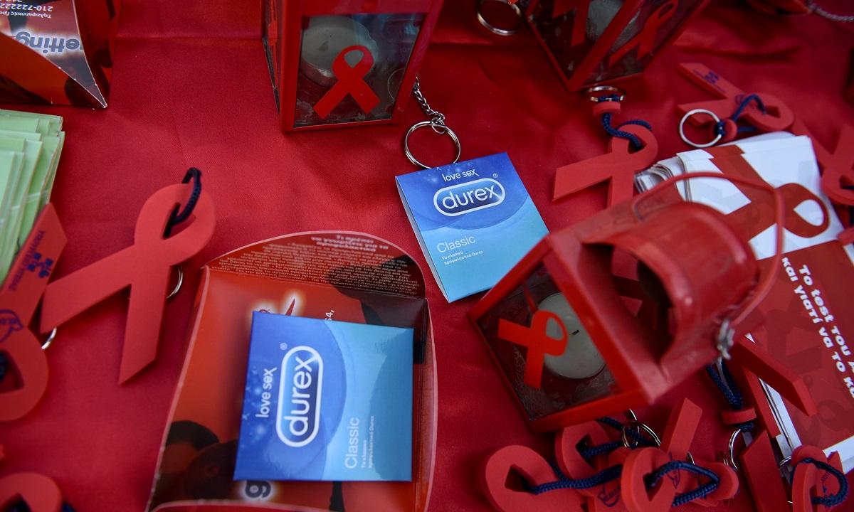 Ο κορονοϊός απειλεί και τα προφυλακτικά – Κλείνει η μεγαλύτερη εταιρεία κατασκευής
