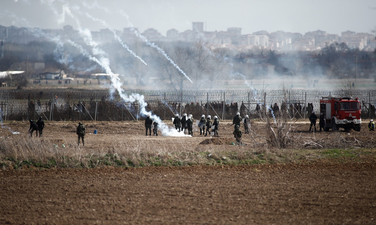 Έβρος: Τούρκοι στρατιώτες ξυλοκοπούν μετανάστες στα σύνορα! (vid)