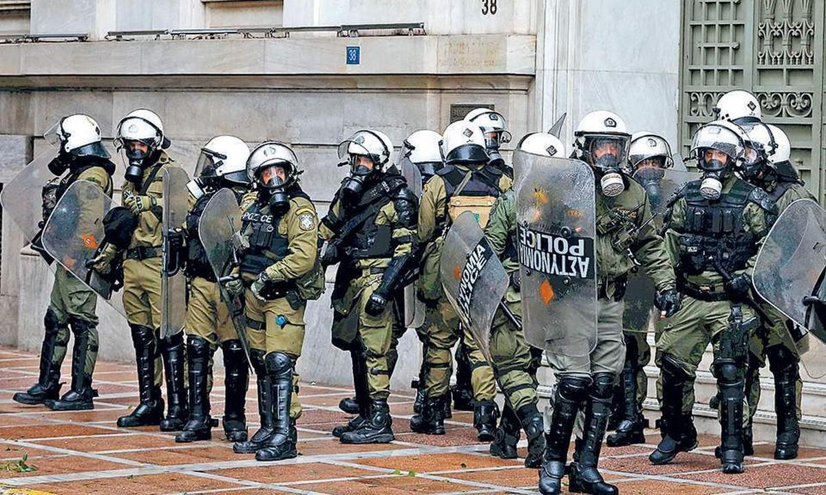Κορονοϊός: Πρώτο κρούσμα στα ΜΑΤ – Σε καραντίνα 15 αστυνομικοί