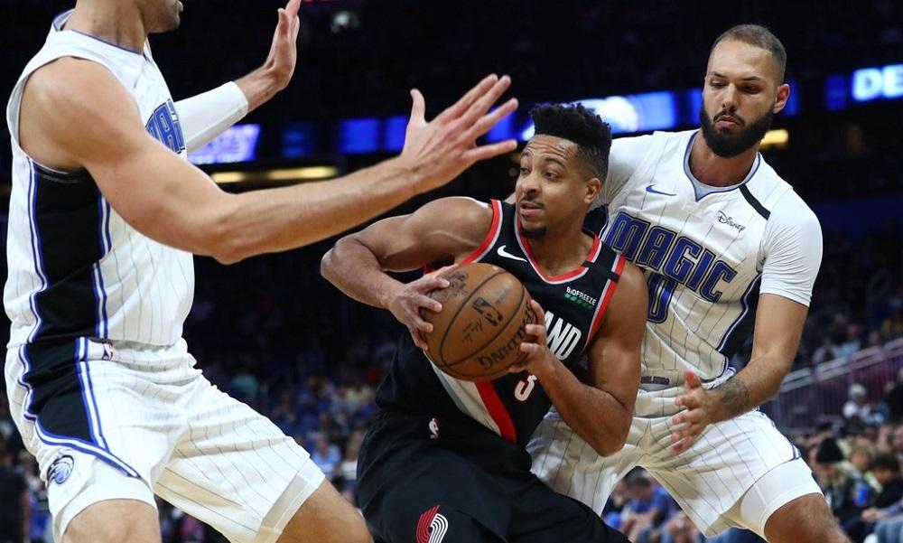 NBA: Άστραψε και βρόντηξε ο ΜακΚόλουμ, κρατάει την 8η θέση το Μέμφις (vids)