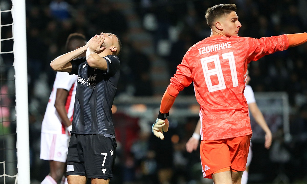 Κορονοϊός: Τι ισχύει με τις περικοπές και το επίδομα στους ποδοσφαιριστές