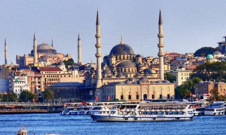 Σαν σήμερα η Κωνσταντινούπολη και η Άγκυρα αλλάζουν τη διεθνή ονομασία τους