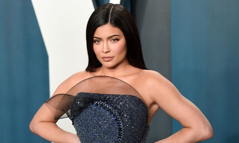 Κορονοϊός: Η Kylie Jenner δώρισε 1 εκατομμύριο δολάρια στα νοσοκομεία του Λος Άντζελες (pics)