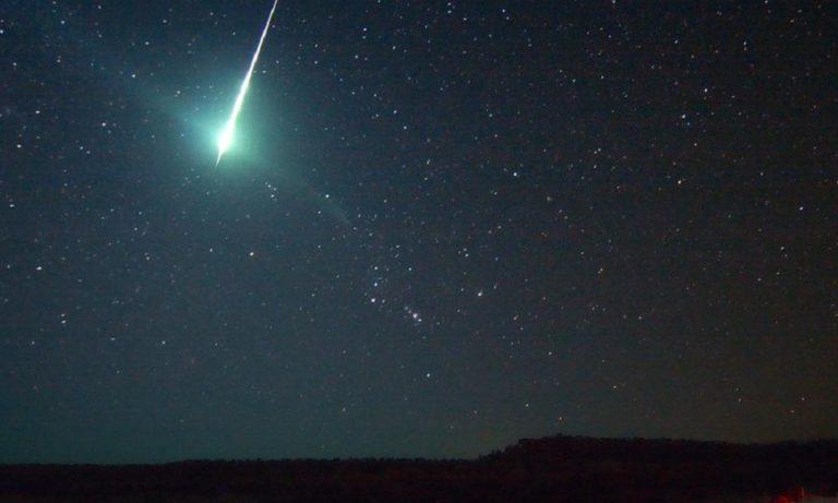 Αστροβιολόγος λέει ότι ο κορονοϊός ήρθε με μετεωρίτη που έπεσε στην Κίνα! (vid)