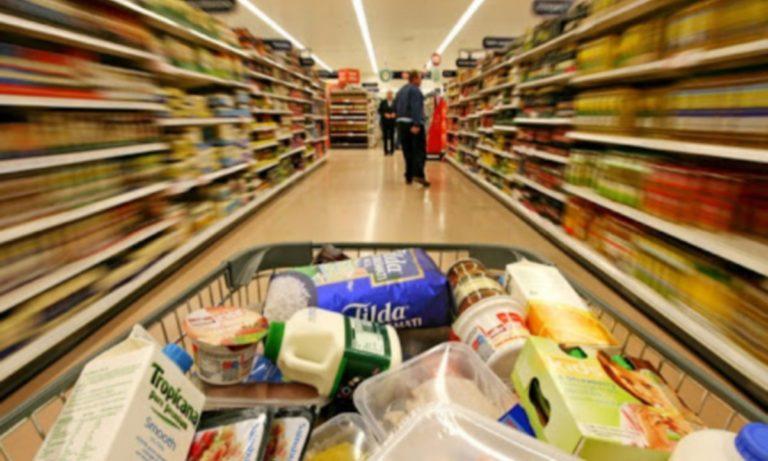 Παράνοια: Γυναίκα στο σούπερ μάρκετ γέμισε το καρότσι με κάτι αδιανόητο (pic)