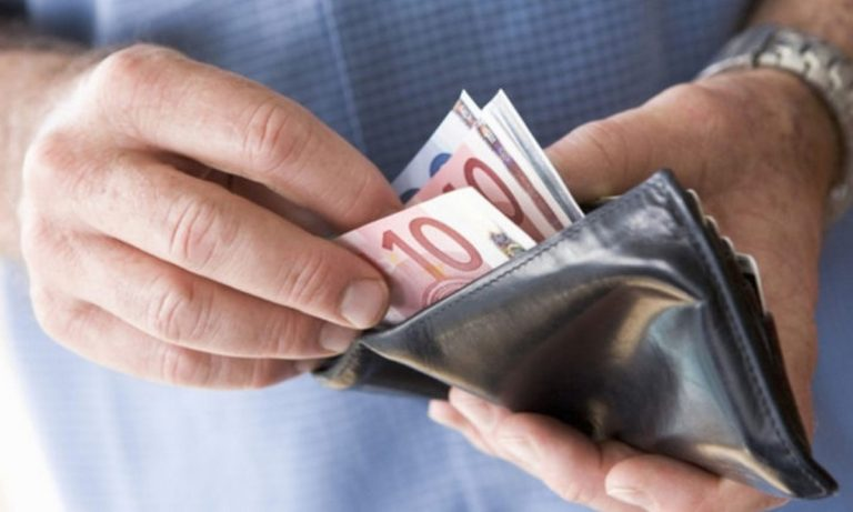 Μειώσεις φόρων: «Mεταφέρονται» για το 2021 λόγω κορονοϊού