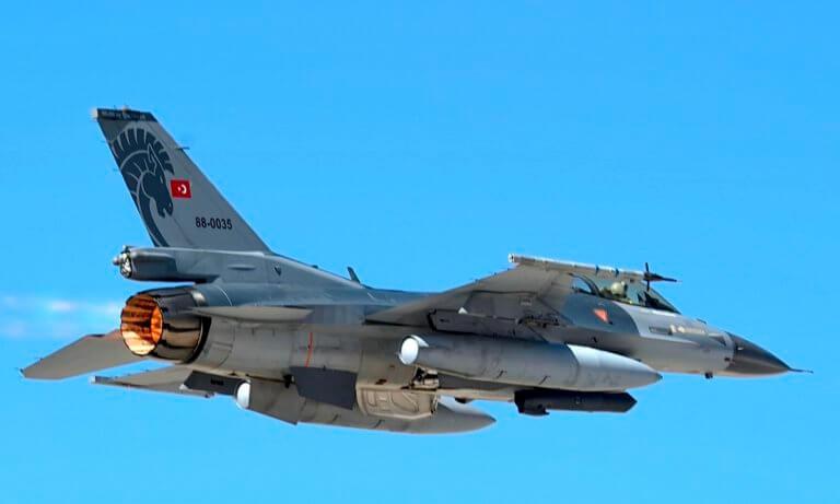 Νέα πρόκληση: Τουρκικά F-16 πέταξαν πάνω από τη Λέσβο!