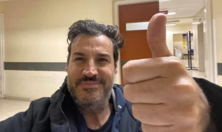 Έλληνας ασθενής νίκησε γρίπη, πνευμονία και κορονοϊό ταυτόχρονα! (vid)
