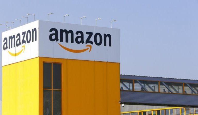 Kορονοϊός: Ρολά μέχρι την Τρίτη με δικαστική απόφαση η Amazon Γαλλίας