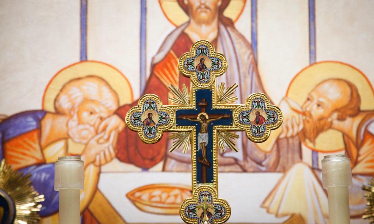 Εορτολόγιο Τετάρτη 22 Απριλίου: Ποιοι γιορτάζουν σήμερα