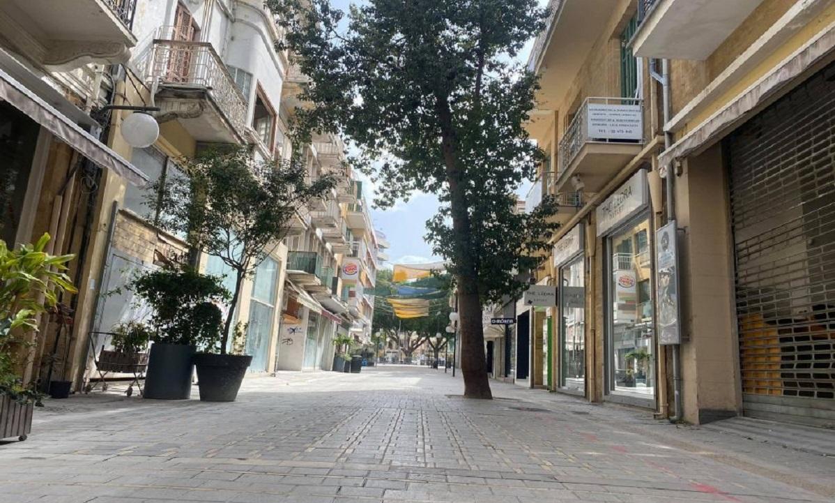 Κορονοϊός - Κύπρος: Σε ισχύ η καθολική απαγόρευση κυκλοφορίας τη νύχτα - Νέα αυστηρή καραντίνα (vid)
