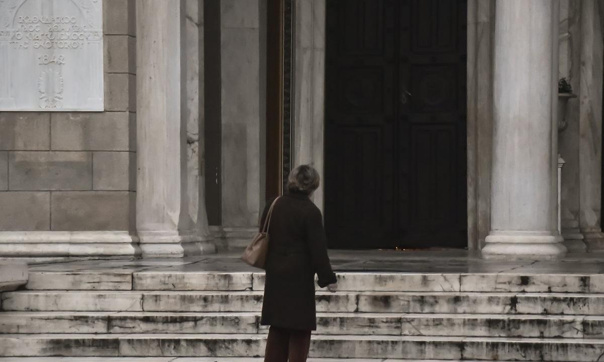 Πάτρα: Επέμβαση της αστυνομίας σε εκκλησία - Sportime.GR
