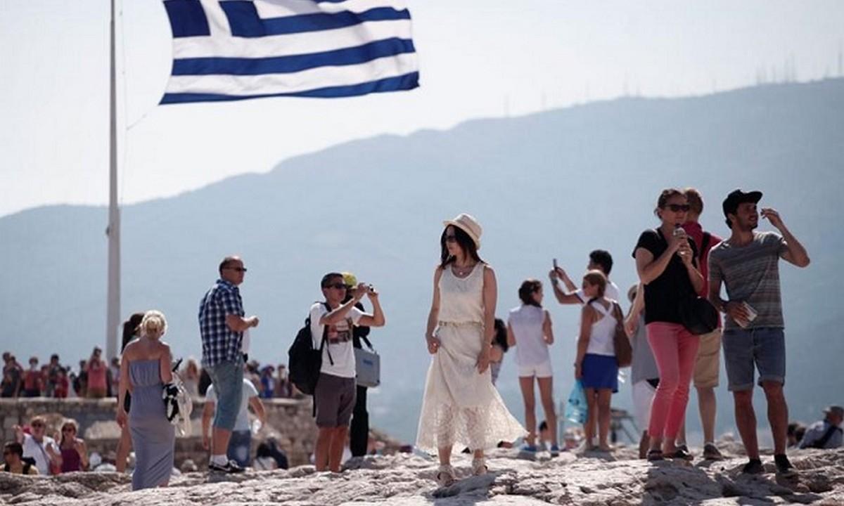 Επιστολή ΣΕΤΕ σε Μητσοτάκη: Δέκα βήματα για επανεκκίνηση του τουρισμού