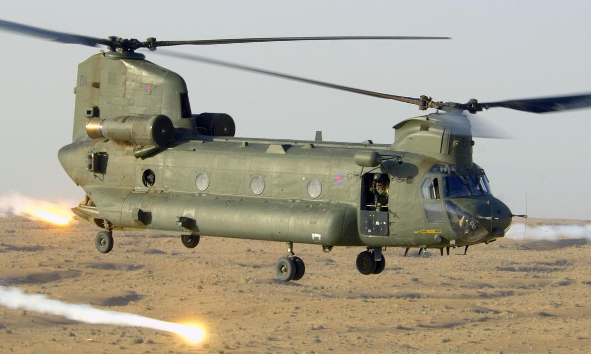 Αεροπορία: Ενισχύεται με πανίσχυρα Chinook