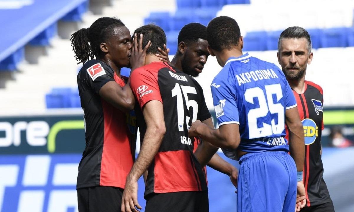 Χοφενχάιμ-Χέρτα: Ποιο social distancing; Oι παίκτες φιλήθηκαν στο γκολ - Sportime.GR