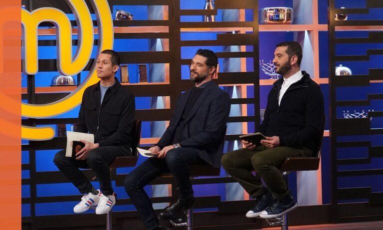 MasterChef 4: Ο Κουτσόπουλος επέστρεψε και ο Κοντιζάς τον τρόλαρε